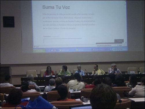 """Panel """"Compromiso social de los universitarios en la promoción de la lucha por la liberación de Los Cinco"""" en Universidad 2014-3"""