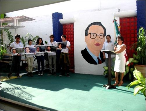 Develación de busto de Martí en Cancún en homenaje a los Cinco Cubanos