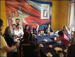 Mirta Rodriguez presenta libro de Tony en Cuernavaca, México. Foto: http://www.zonacentronoticias.com