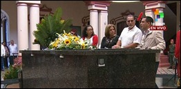 René González rinde tributo a Chávez en el Cuartel de la Montaña
