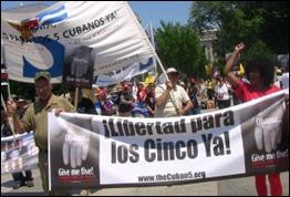 lainfo.es-7952-cinco-cubanos1-300x200