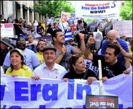 Marcha hacia a la Casa Blanca en la III Jornada 5 Días por los 5 Cubanos en Washingtron DC