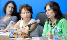 Graciela Ramírez durante el Foro on-line de la Asociación Cubana de Naciones Unidas (ACNU), a propósito del 26 de junio, Día Internacional de las Naciones Unidas en Apoyo a las Víctimas de la Tortura (Radio Enciclopedia)