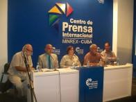 El reverendo Joel Ortega Dopico interviene en el panel
