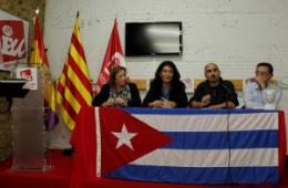 Acto de entrega de premio a asociación valenciana de solidaridad con Cuba