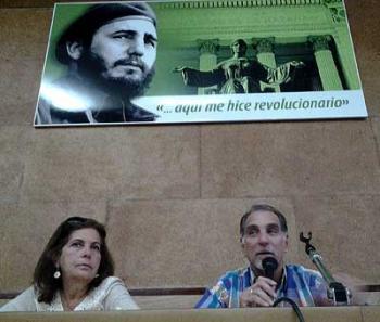 I Encuentro de Nacionalidades Amigos de la Revolución en la Universidad de La Habana2