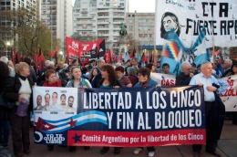 protesta del comite argentino de solidaridad con los 5