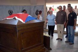 SANTIAGO DE CUBA-RINDE HOMENAJES ANTONIO GUERRERO